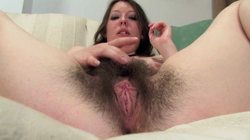 Smart Hairy Pussy BabeSource 1