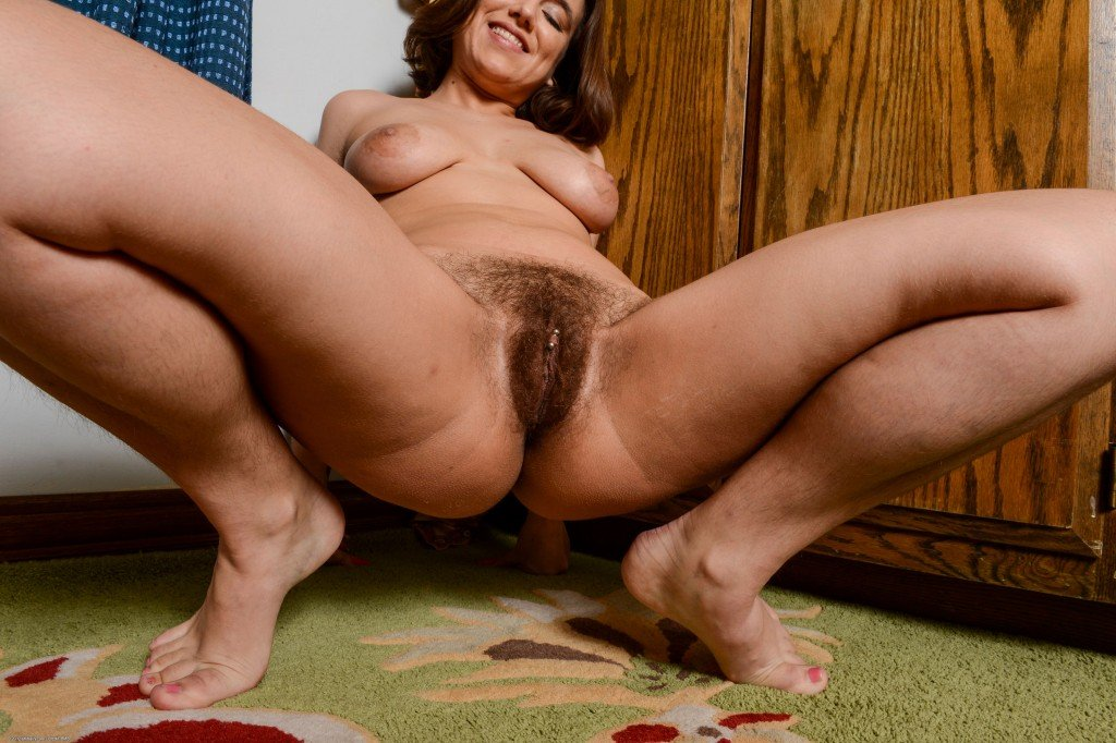 Hairy Mature Pussy Movies
