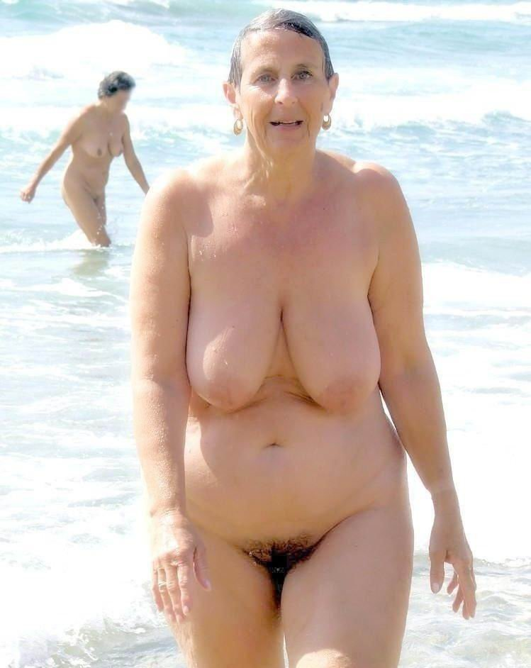 Watch topless beach bouncing big saggy tits huge areolas