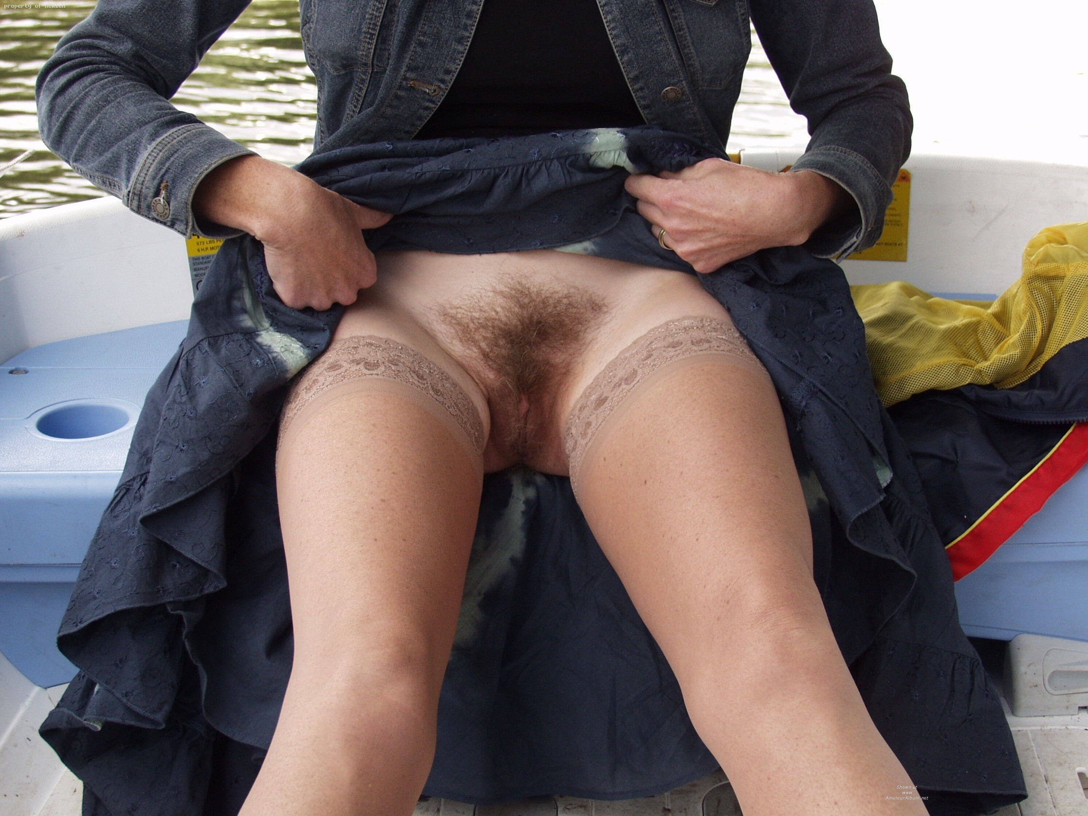 Lifts Up Her Skirt For A Hot Fucking