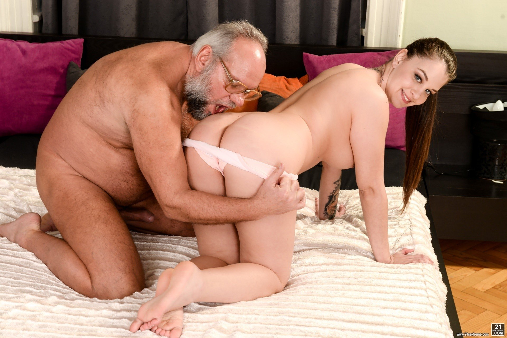 Old Man Fuck Young Asian Teen